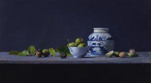 Stilleven met walnoten en chinees porcelein